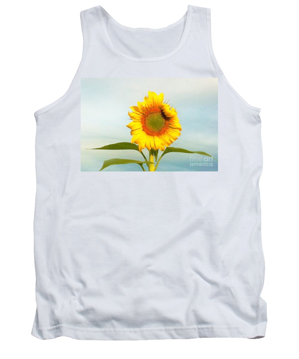 Sunflower Tank Top featuring the photograph I'm Beautiful I Know It by Merle Grenz