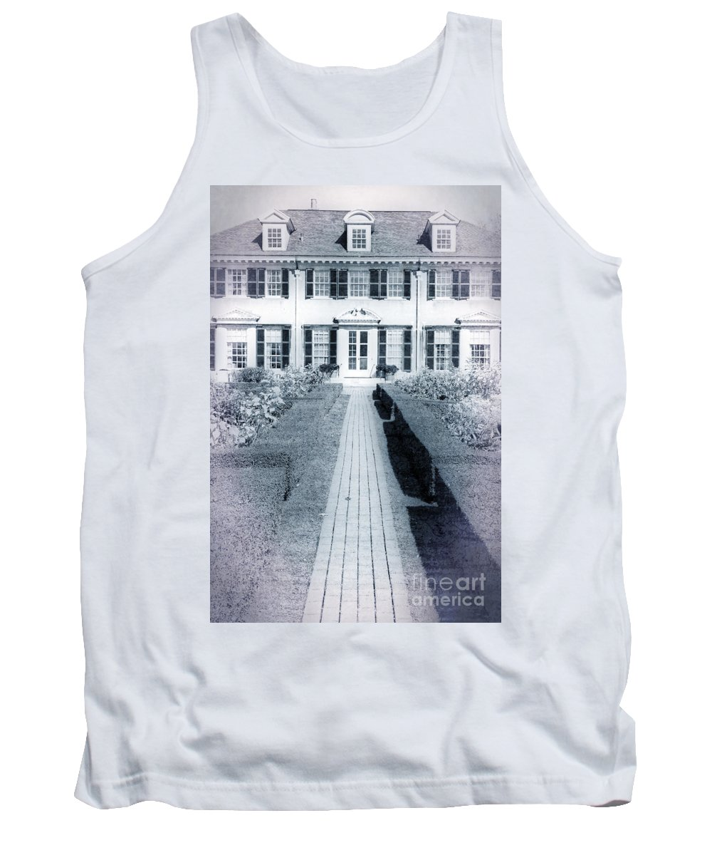 Vermont Tank Top featuring the photograph Mansion by Edward Fielding