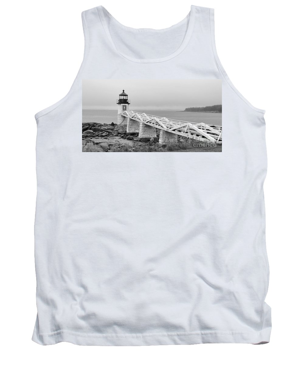 Marshall Point Lighthouse Tank Top featuring the photograph Marshall Point Lighthouse 2937 by Jack Schultz