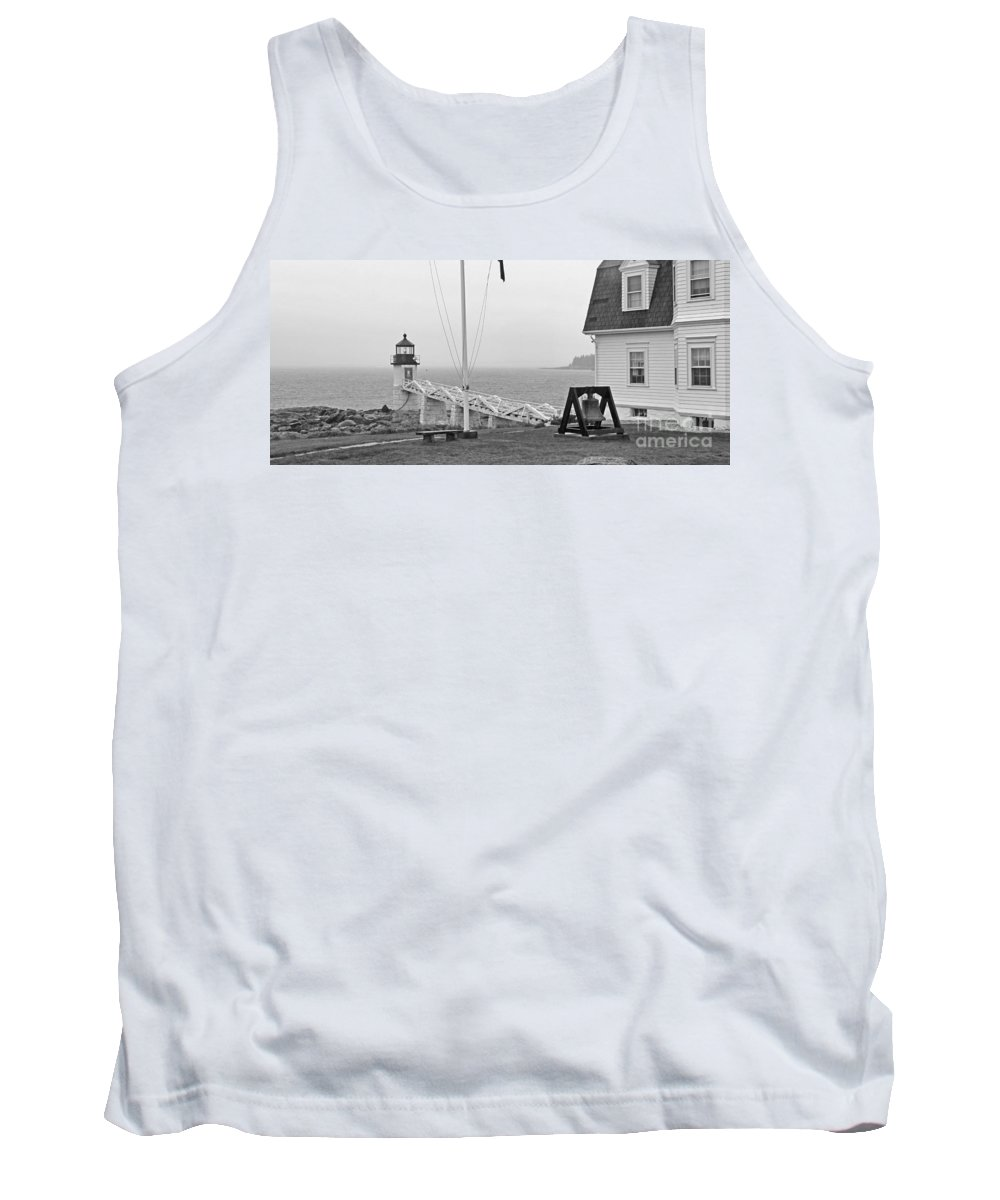 Marshall Point Lighthouse Tank Top featuring the photograph Marshall Point Lighthouse 2963 by Jack Schultz