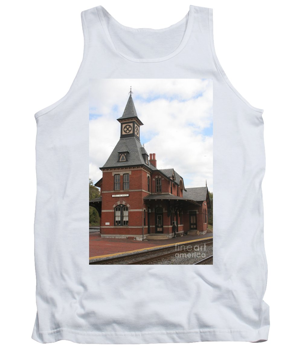 Train Tank Top featuring the photograph Point Of Rocks by Thomas Marchessault