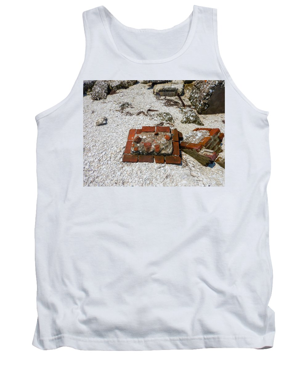Core Sound Tank Top featuring the photograph Red Square by Paula OMalley