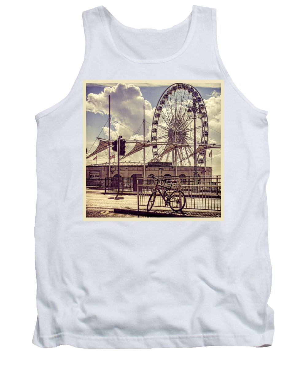 Wheel Tank Top featuring the photograph The Brighton Wheel by Chris Lord