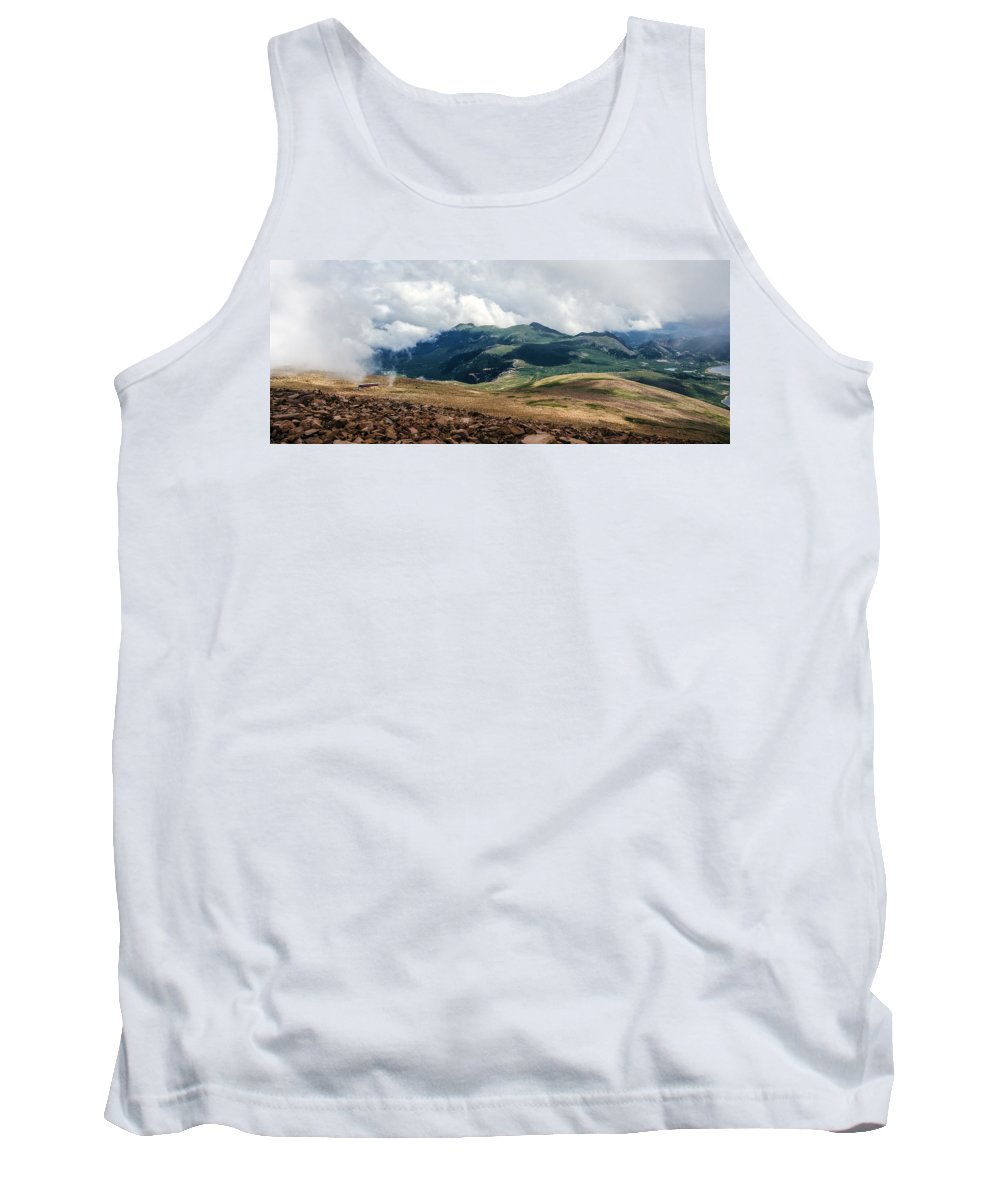 The Manitou & Pikes Peak Railway Tank Top featuring the photograph The Manitou And Pikes Peak Railway Cog Descends by Greg Reed