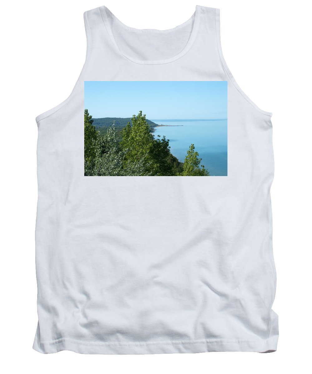 Arcadia Michigan Tank Top featuring the photograph The Point by Linda Kerkau