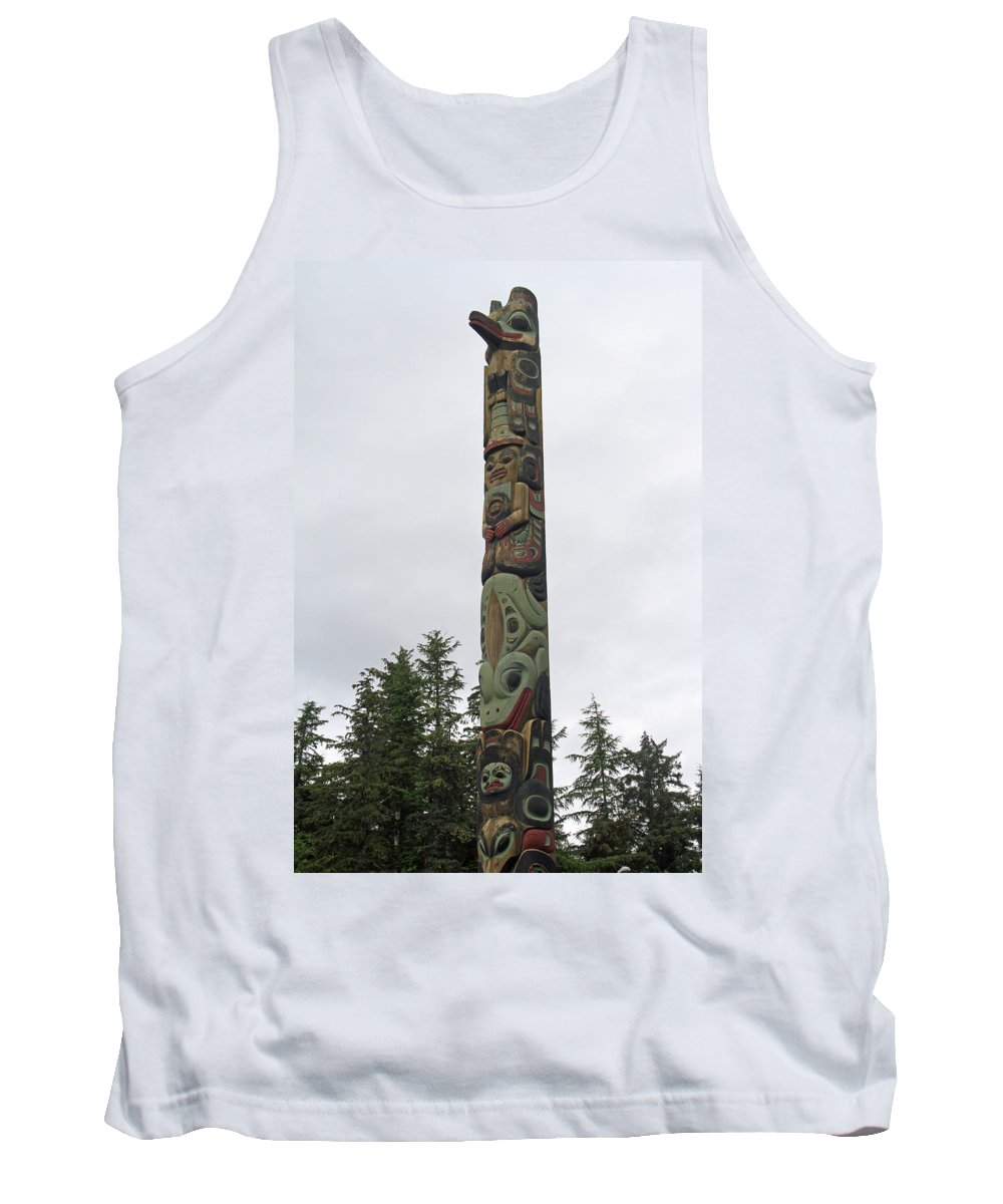 Totem Tank Top featuring the photograph Totem Pole by Shoal Hollingsworth