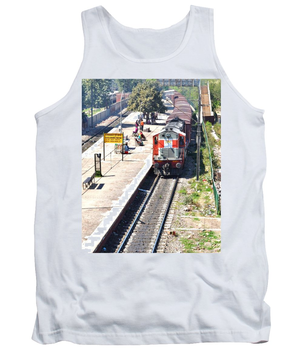 Train Tank Top featuring the photograph Train At Delhi Station by Kim Bemis