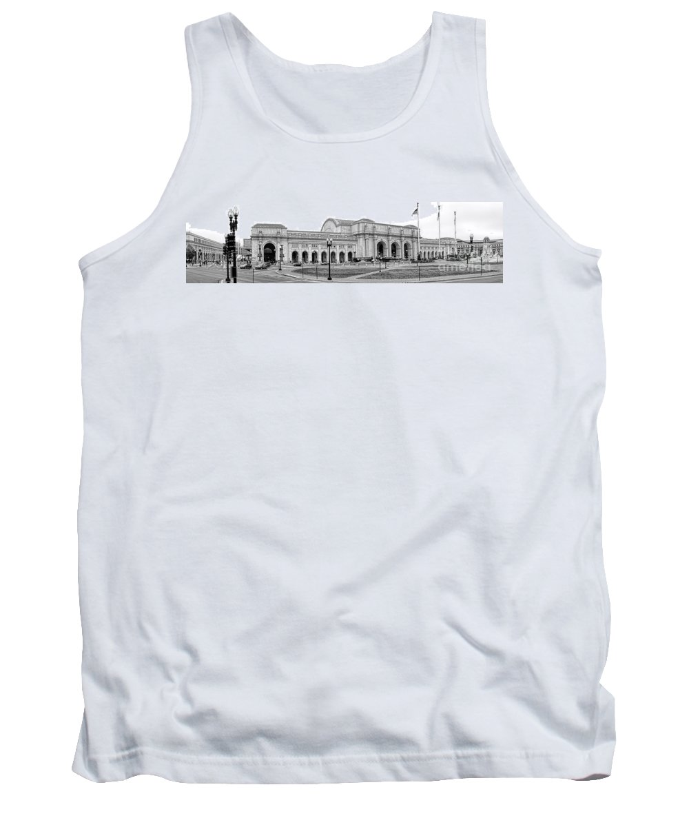 Washington Tank Top featuring the photograph Union Station Washington Dc by Olivier Le Queinec