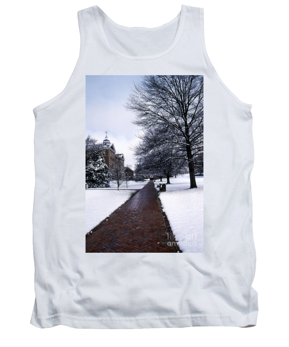Scenic Tours Tank Top featuring the photograph Washington College by Skip Willits