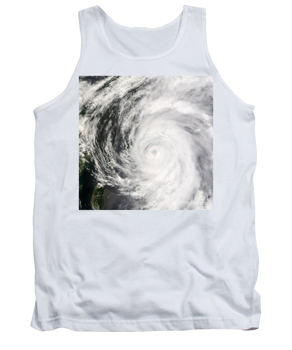 Science Tank Top featuring the photograph Typhoon Man-yi by Nasa
