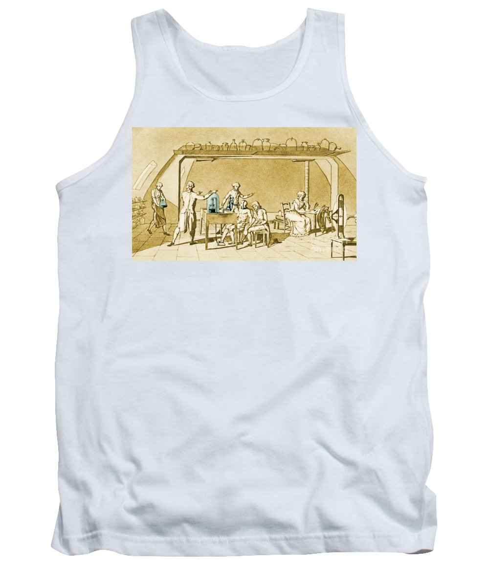 Antoine-laurent Lavoisier Tank Top featuring the photograph Lavoisier Experimenting by Science Source