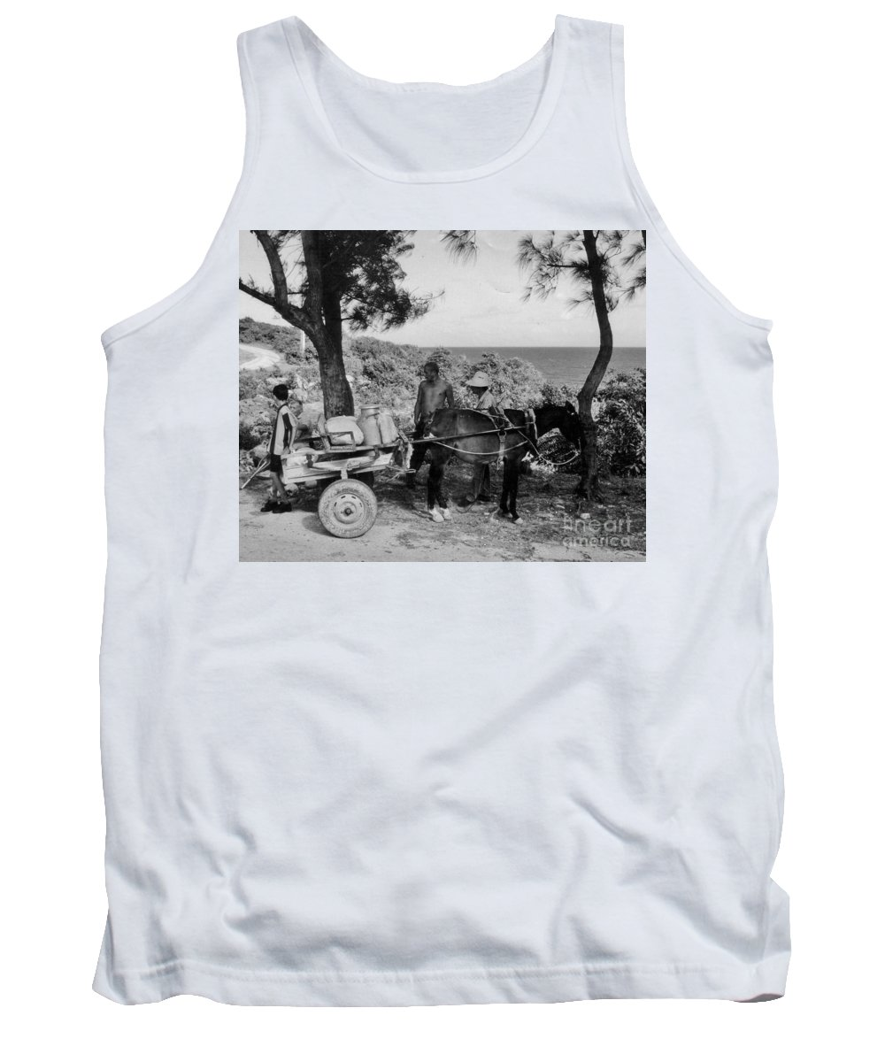 Horse Tank Top featuring the photograph Looking Back by John Malone
