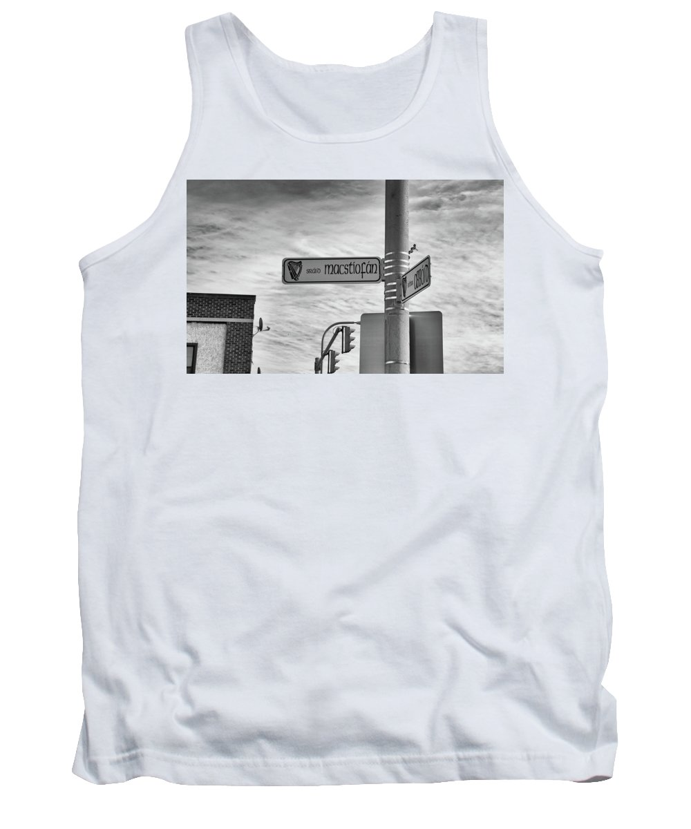 Buffalo Tank Top featuring the photograph Macstiofan by Guy Whiteley