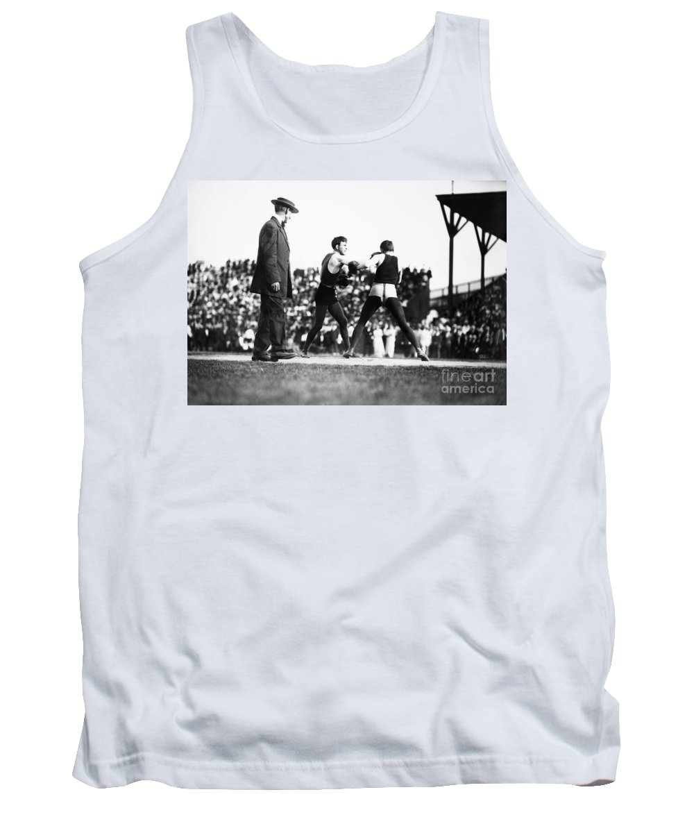 1902 Tank Top featuring the photograph Nelson Vs. Hurley, 1902 by Granger