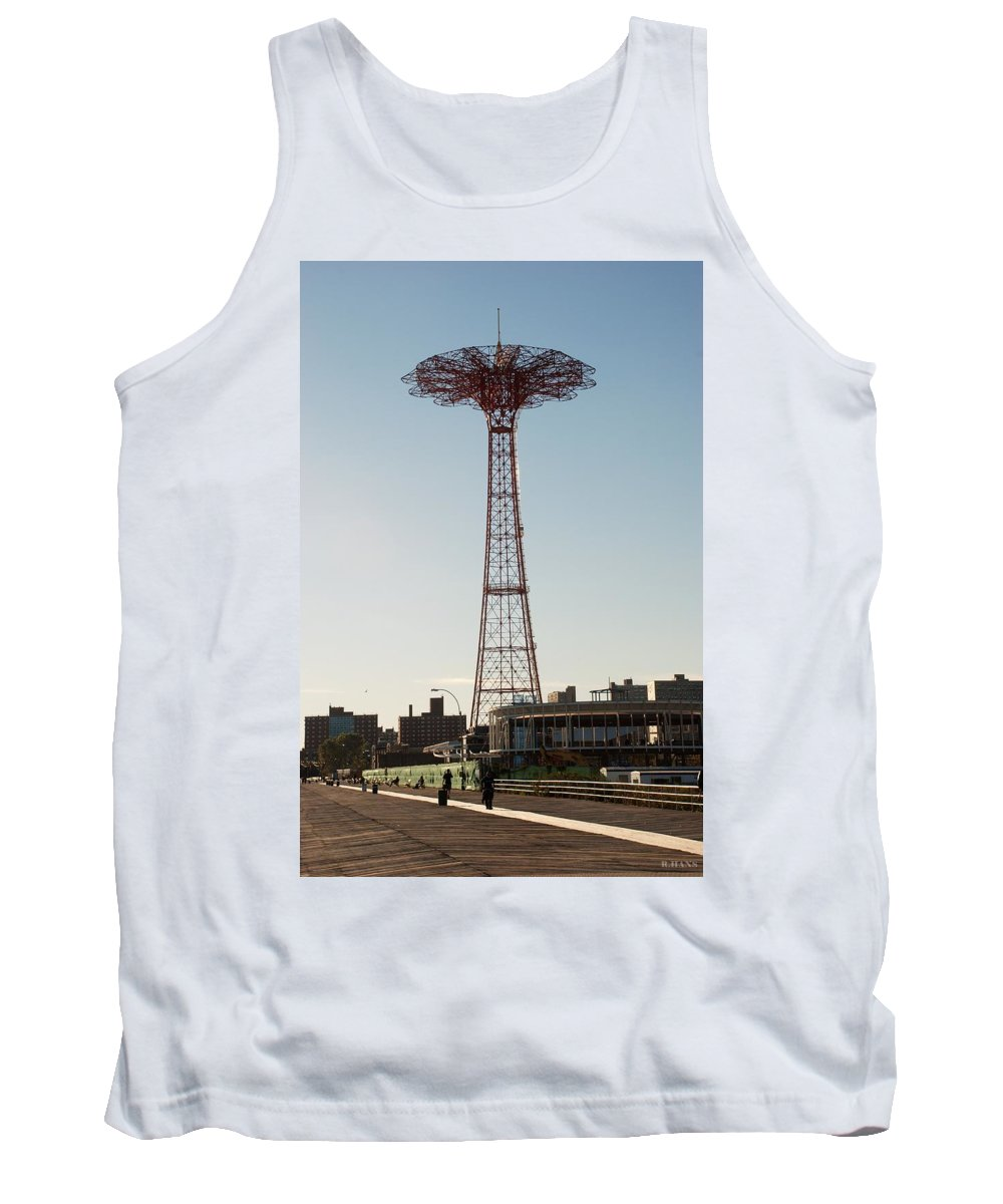 Brooklyn Tank Top featuring the photograph Parachute Drop by Rob Hans