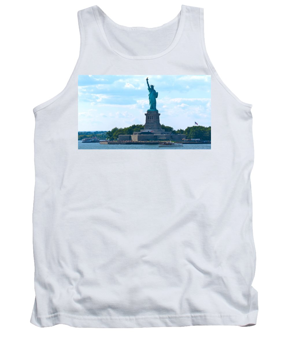 South Ferry Tank Top featuring the photograph South Ferry Water Ride13 by Terry Wallace