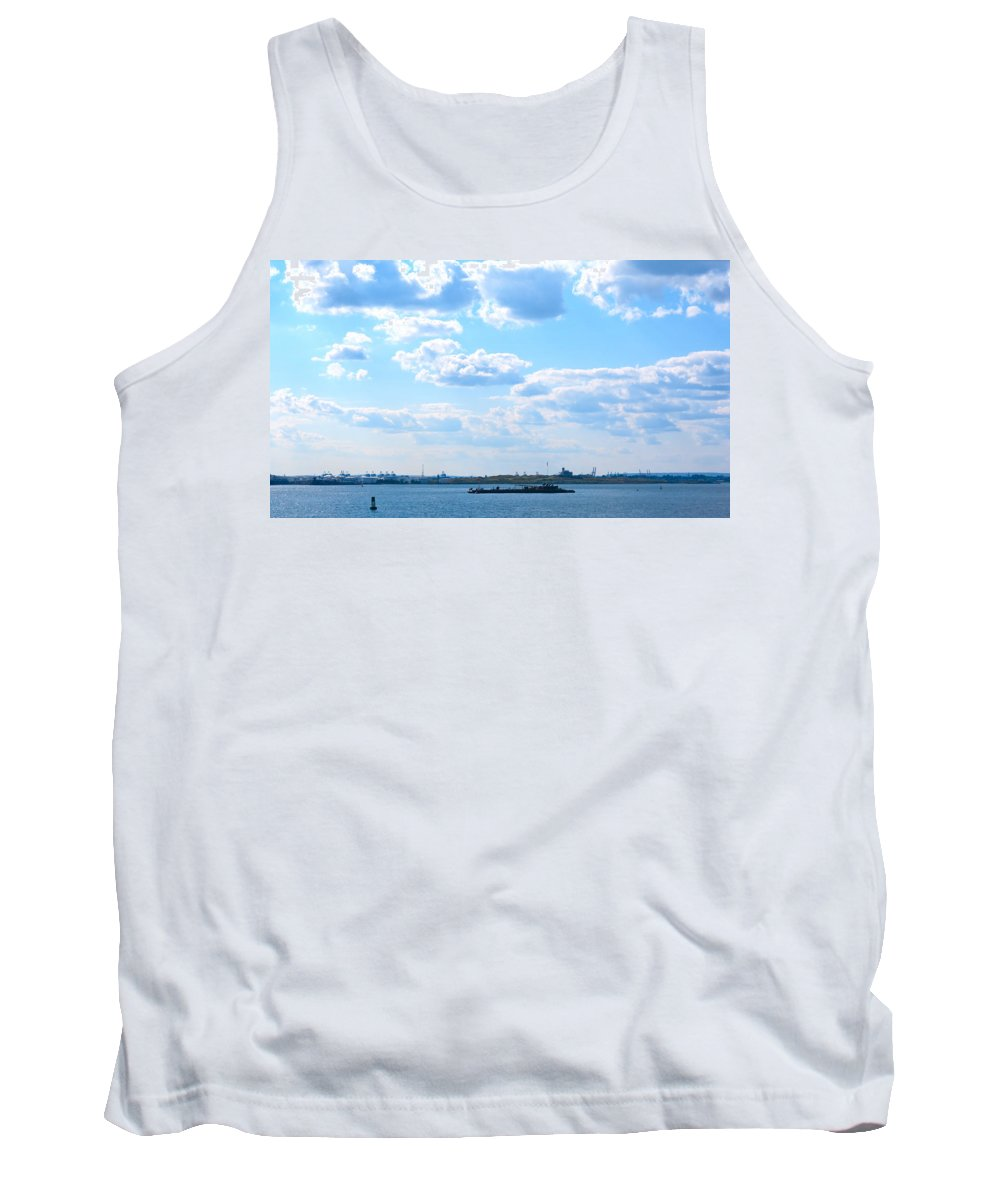 South Ferry Tank Top featuring the photograph South Ferry Water Ride21 by Terry Wallace