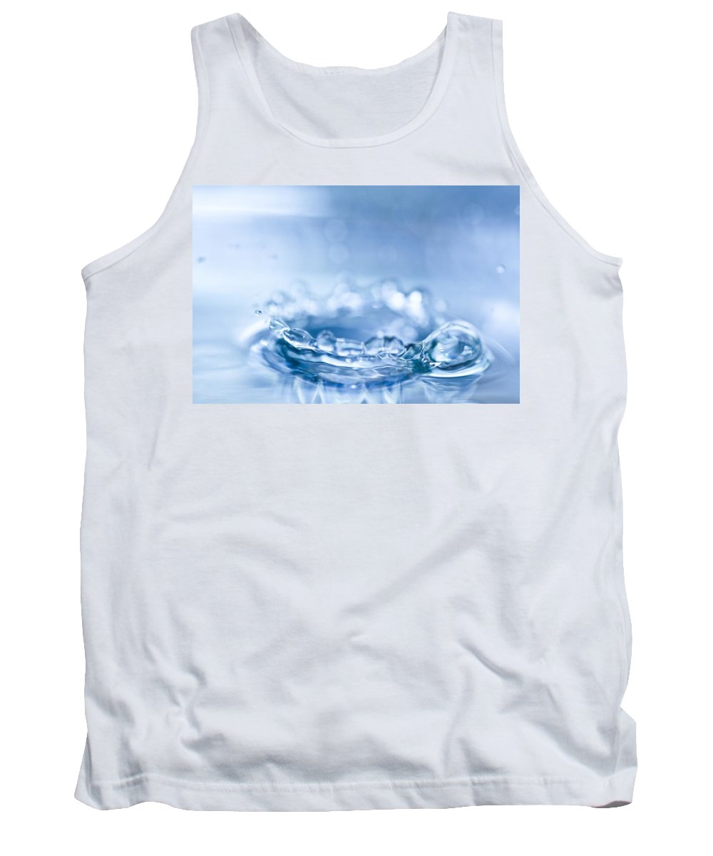 Waterdrop Tank Top featuring the photograph Waterdrop3 by Danielle Silveira