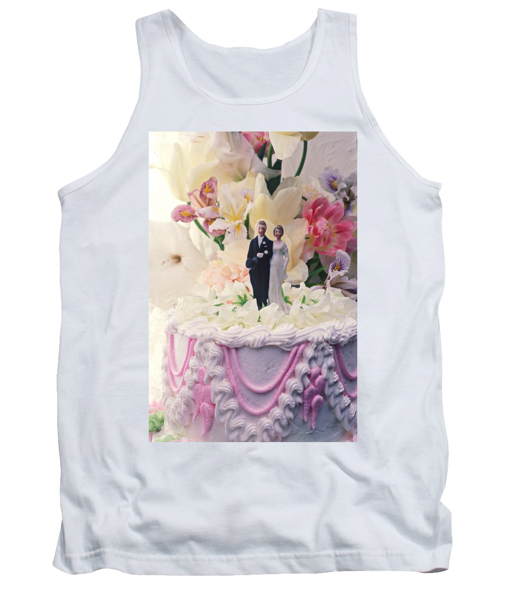 Wedding Tank Top featuring the photograph Wedding Cake by Garry Gay