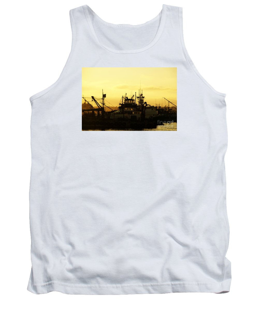 San Diego Tank Top featuring the photograph At Days End by Linda Shafer