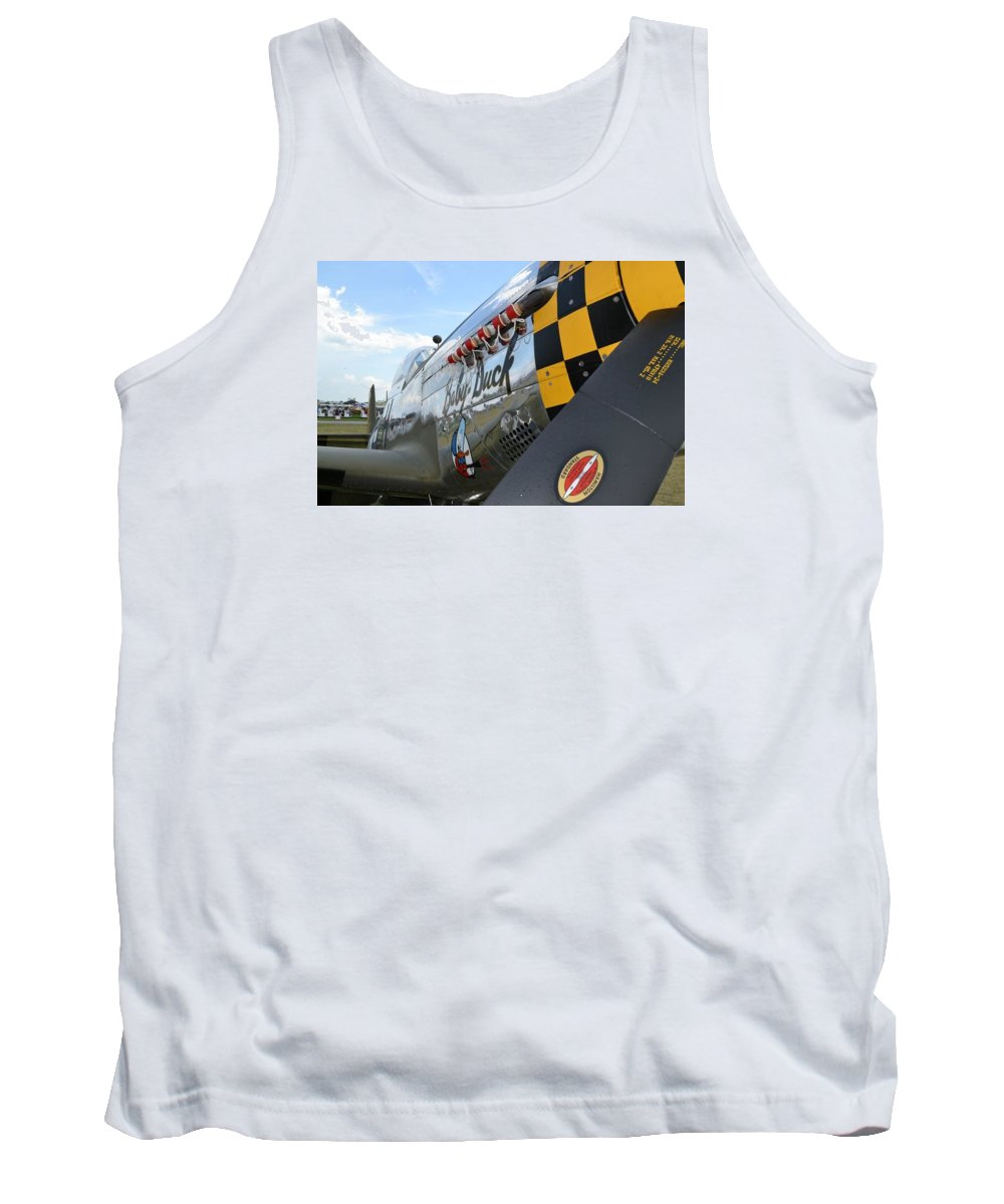 Eaa Tank Top featuring the photograph Baby Duck by Lee Gray