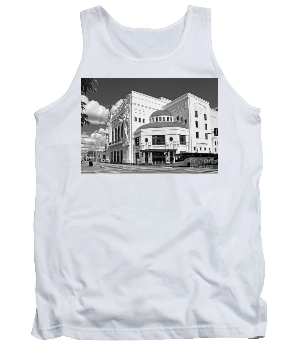 Urban Tank Top featuring the photograph Bass Hall 5480mbwx by Earl Johnson