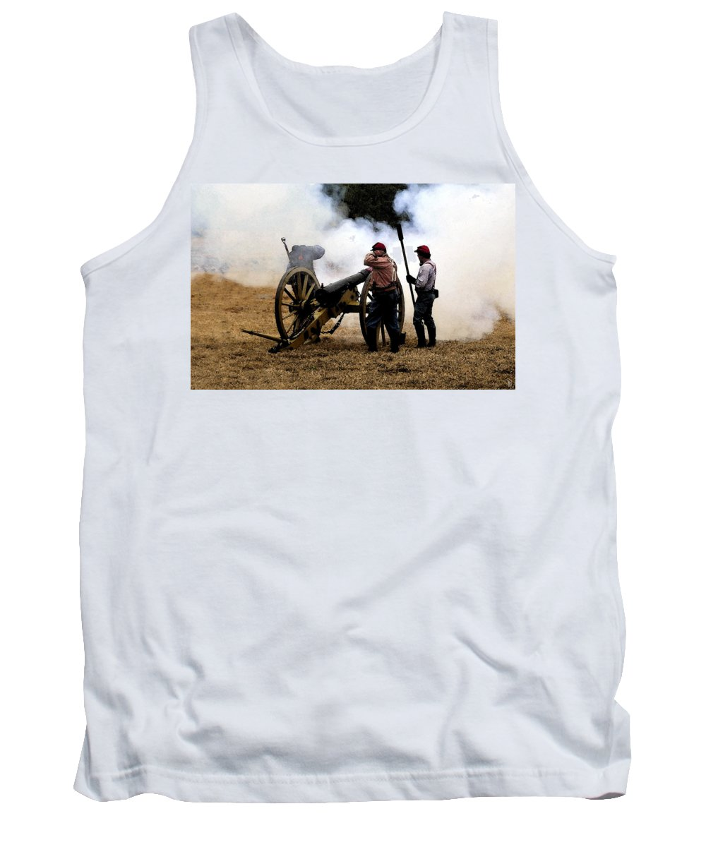 Civil War Tank Top featuring the painting Cannon Fire by David Lee Thompson