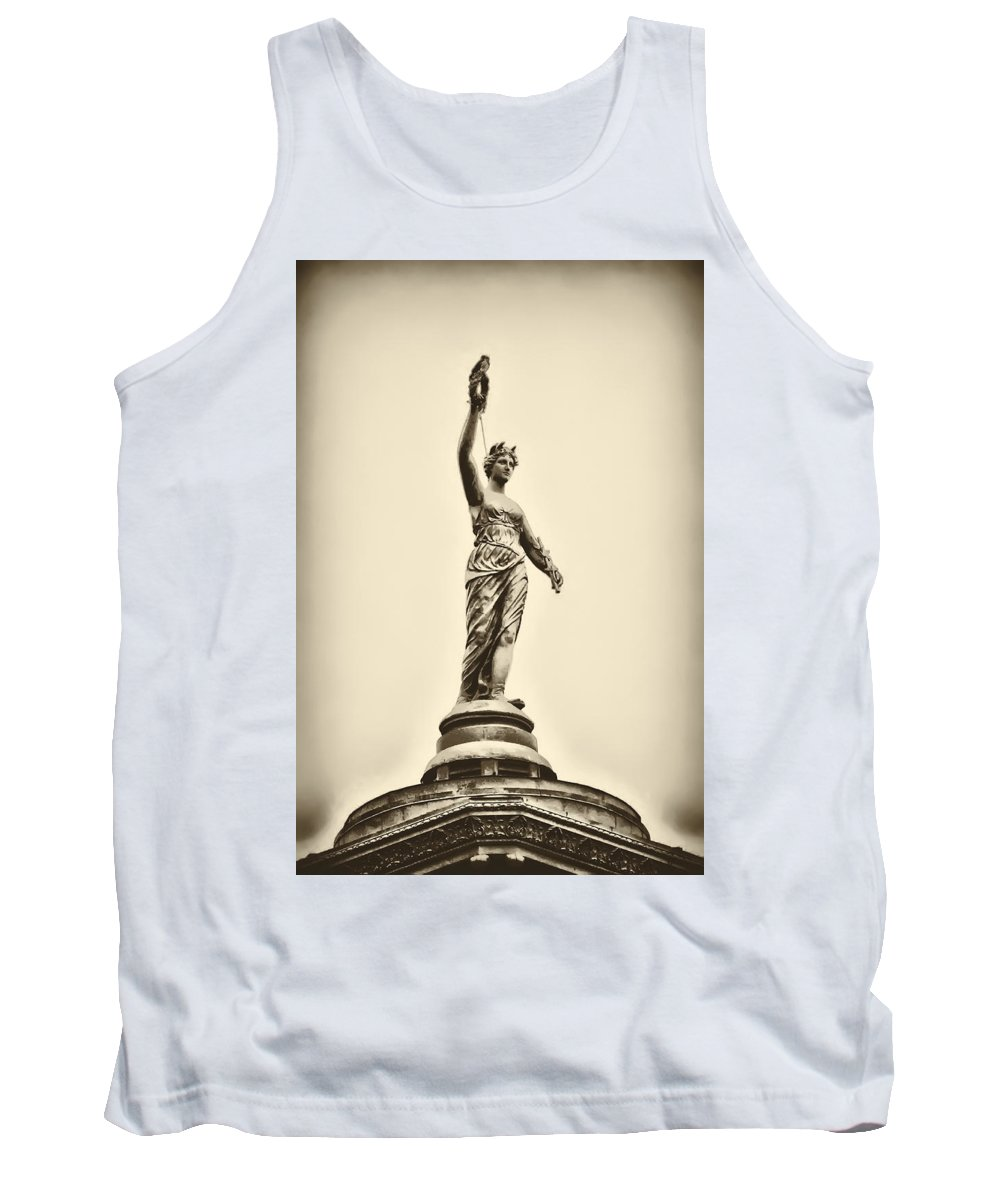 Philadelphia Tank Top featuring the photograph Columbia Statue Atop Memorial Hall by Bill Cannon