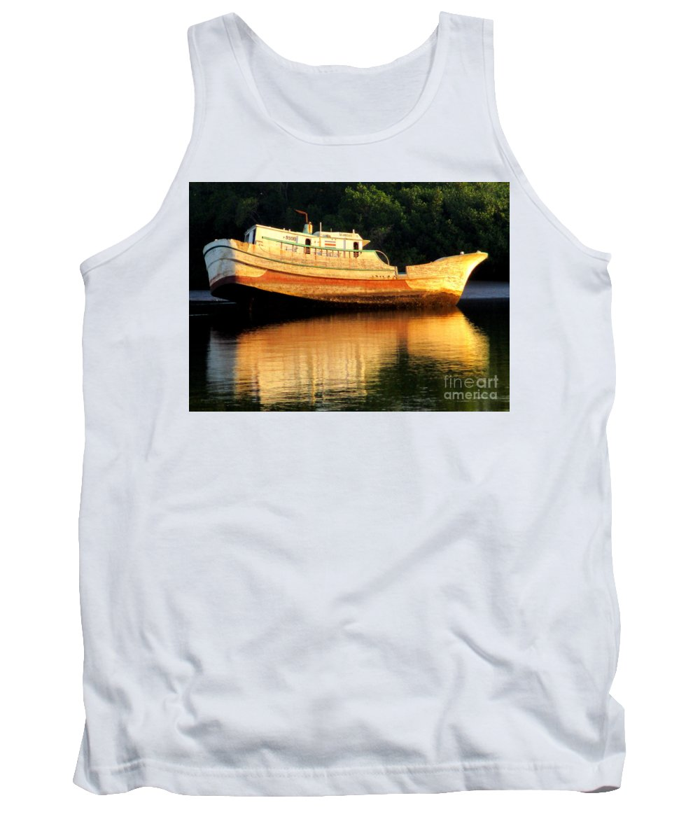 Costa Rica Tank Top featuring the photograph Costa Rica Wreck 4 by Randall Weidner