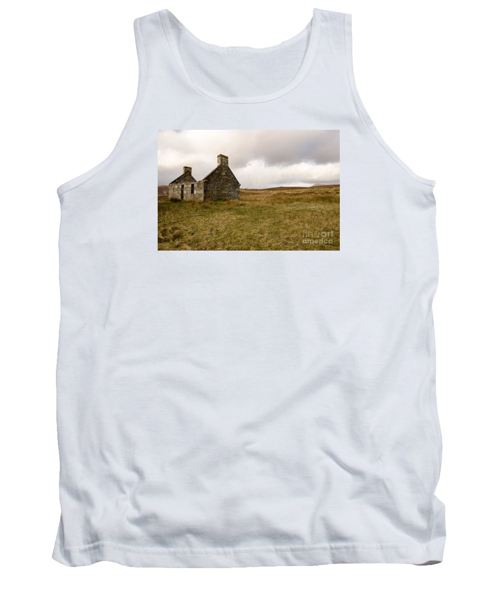 Scotland Tank Top featuring the photograph Derelict by Smart Aviation