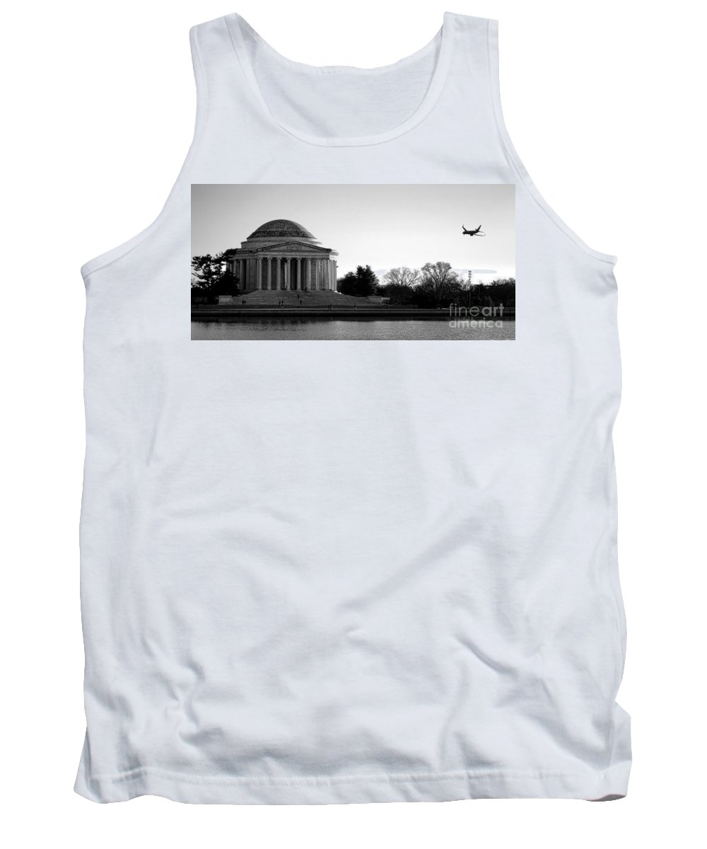 Washington Tank Top featuring the photograph Destination Washington by Olivier Le Queinec