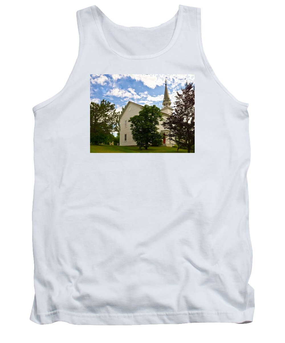 Duanesburg Tank Top featuring the photograph Duanesburg, Ny, Church by Lynne Albright