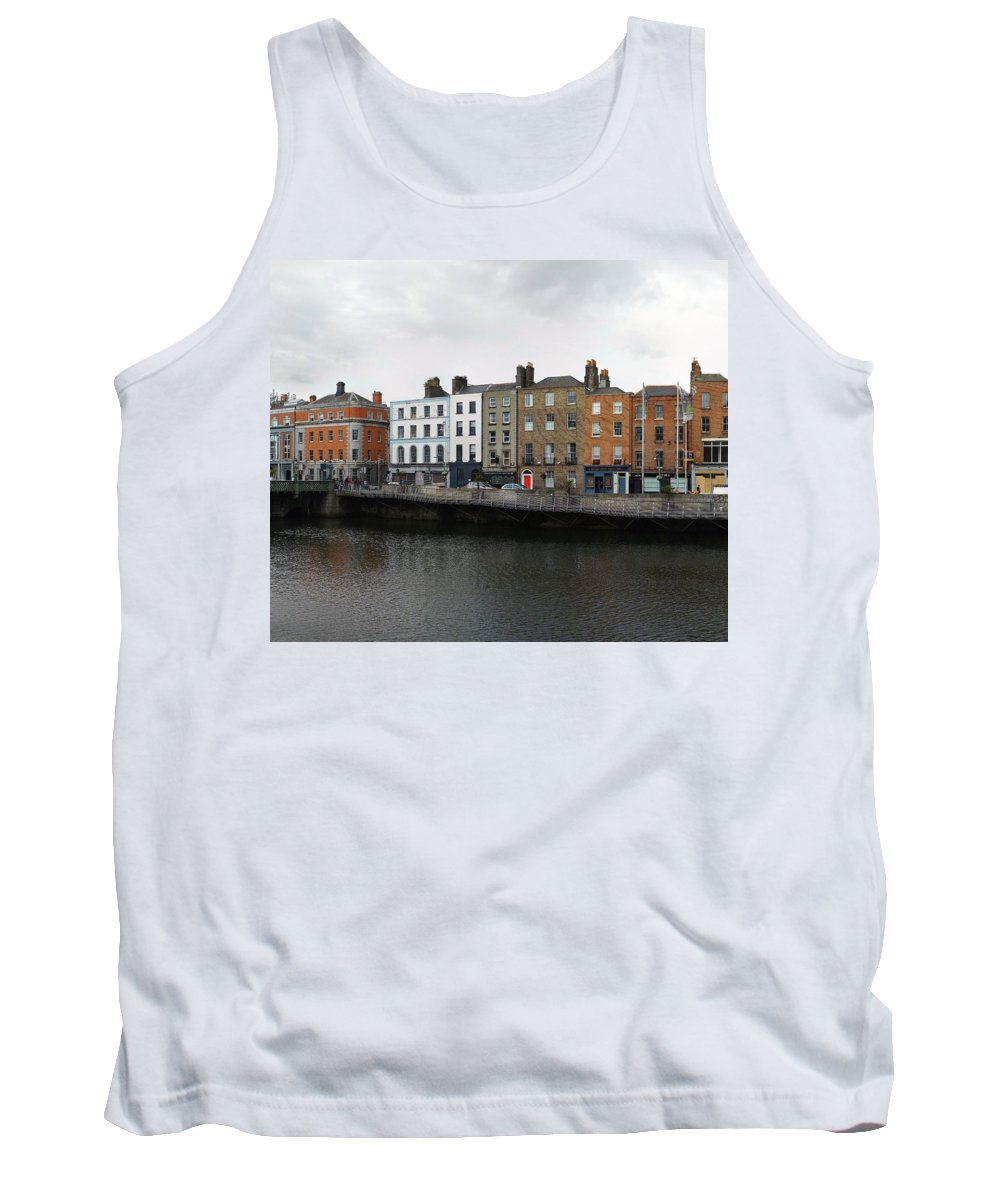 Dublin River Liffey Tank Top featuring the photograph Dublin_2 by Taner Dosluoglu