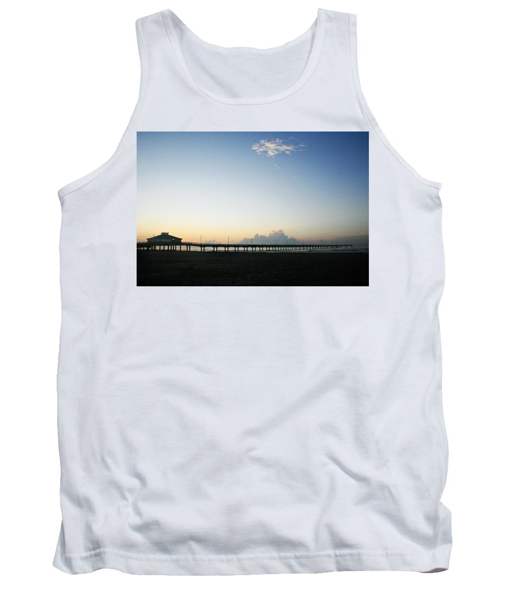 Water Tank Top featuring the photograph Good Morning by Marilyn Hunt