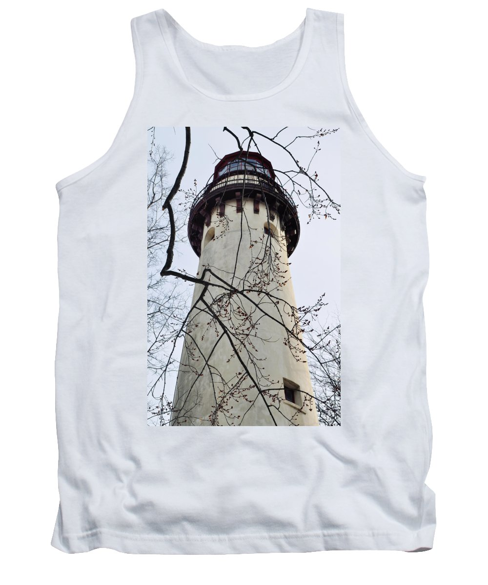Grosse Point Lighthouse Tank Top featuring the photograph Grosse Point Lighthouse Tower by Kyle Hanson