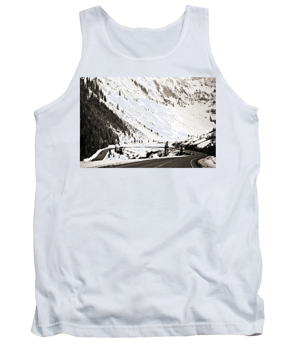 Curve Tank Top featuring the photograph Hairpin Turn by Marilyn Hunt