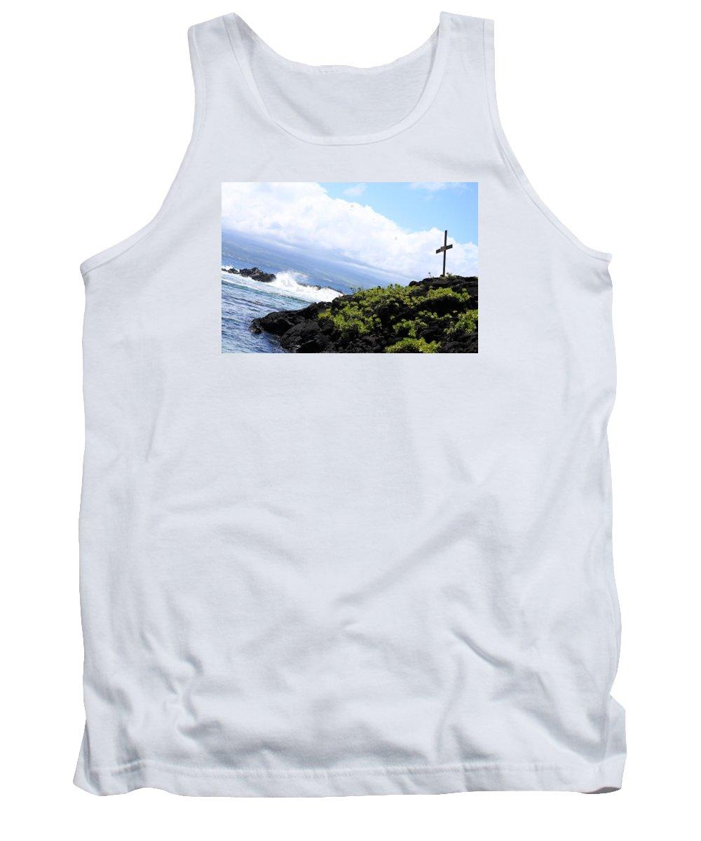 Cross Tank Top featuring the photograph Hilo Cross by Shaun Pang