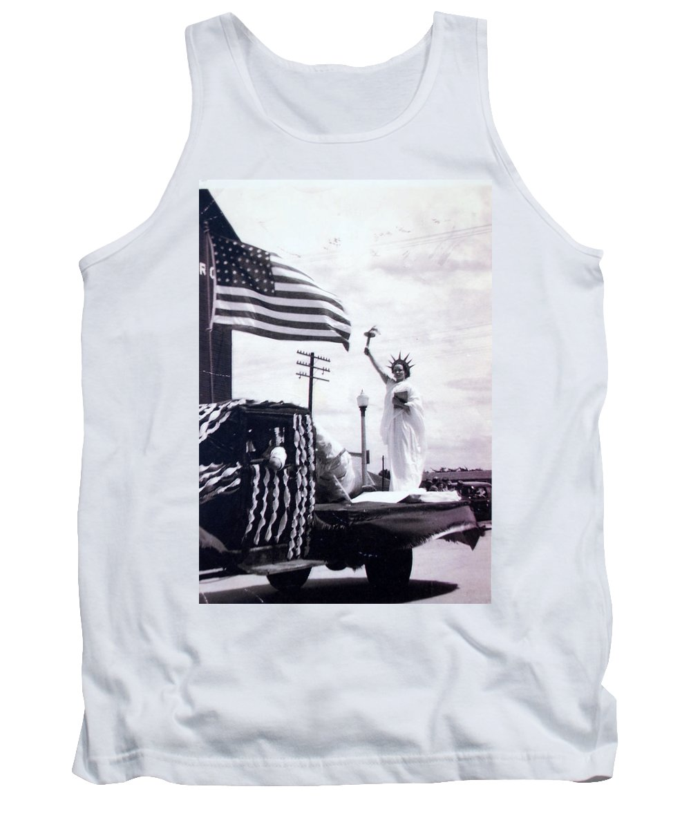 4th Of July Tank Top featuring the photograph Lady Liberty by Kurt Hausmann