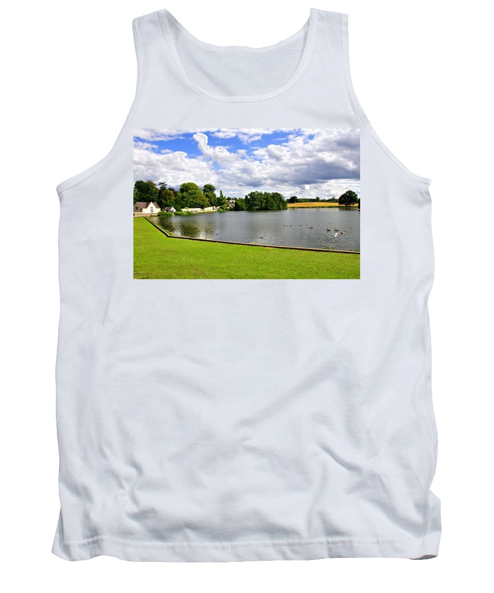 Melbourne Tank Top featuring the photograph Melbourne Pool by Rod Johnson