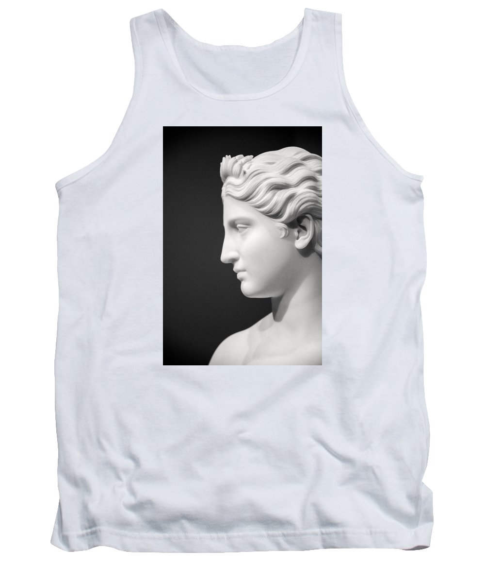 Statue Tank Top featuring the photograph National Portrait Gallery Statue Profile by Don Johnson