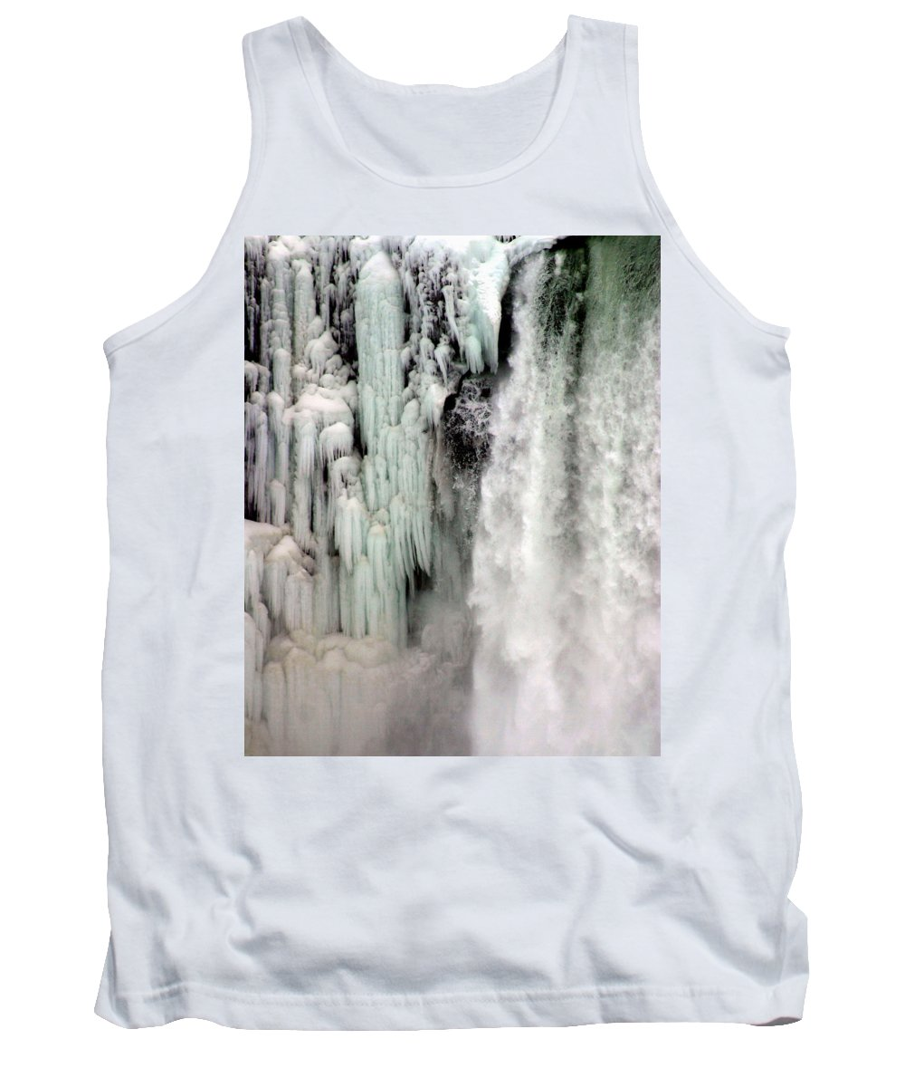 Landscape Tank Top featuring the photograph Niagara Falls 5 by Anthony Jones