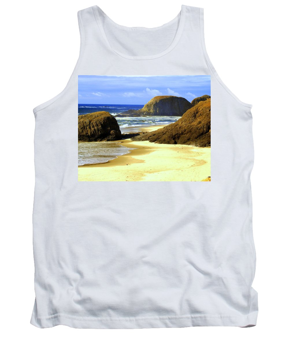 Ocean Tank Top featuring the photograph Oregon Coast 18 by Marty Koch