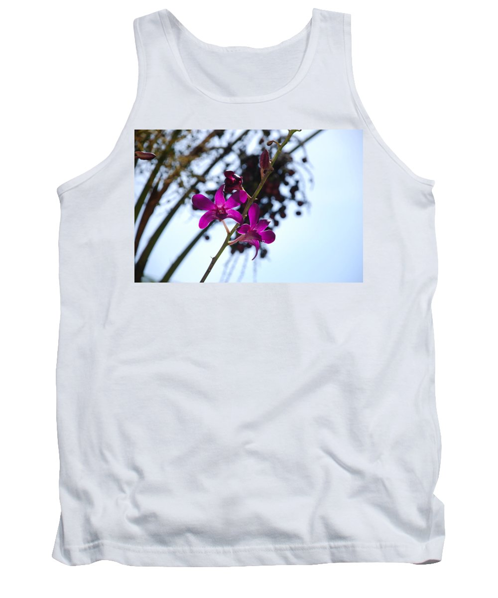 Macro Tank Top featuring the photograph Purple Flowers In The Sky by Rob Hans