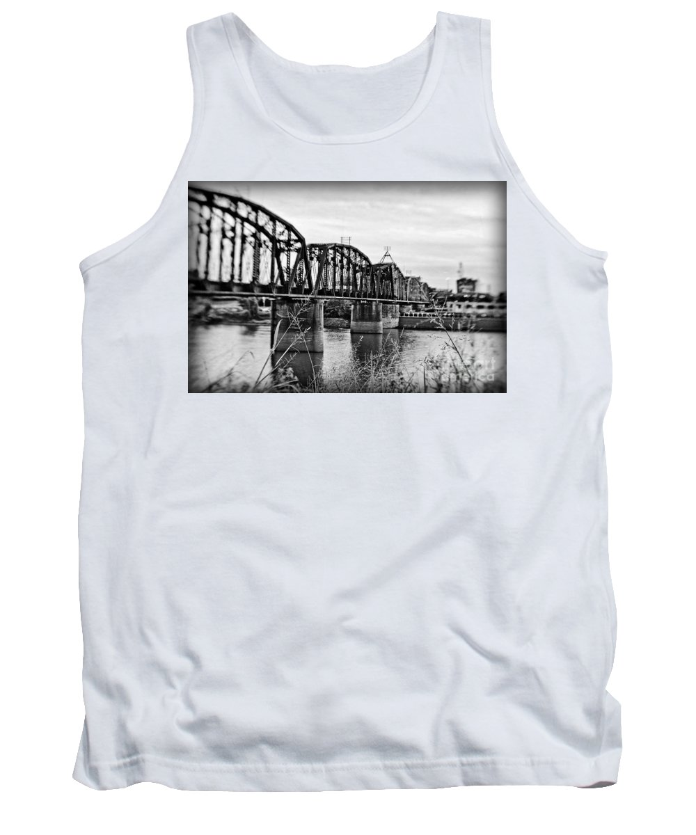 Black & White Tank Top featuring the photograph Railroad Bridge -bw by Scott Pellegrin