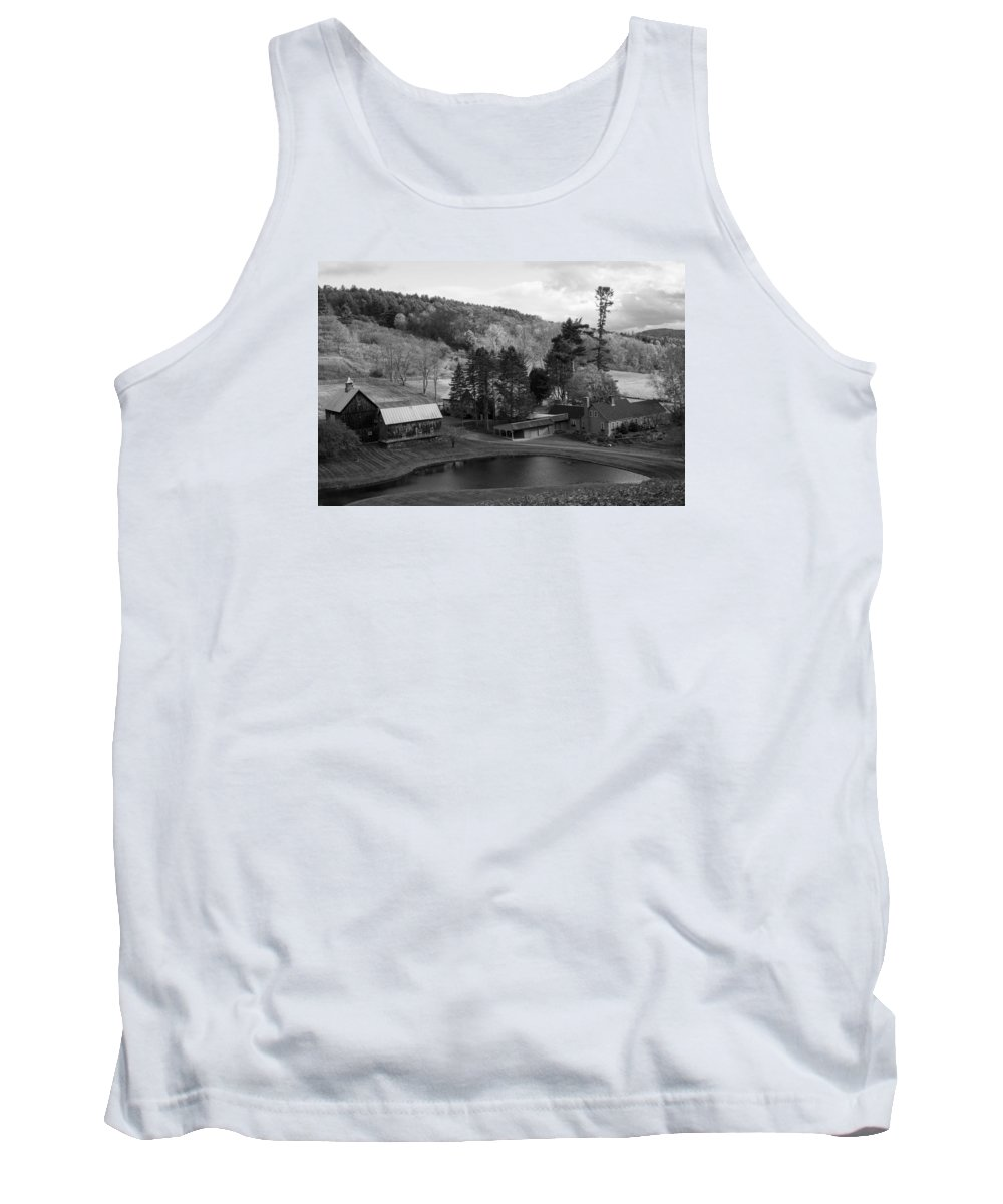 Woodstock Tank Top featuring the photograph Sleepy Hollows Farm Woodstock Vermont Vt Pond Black And White by Toby McGuire