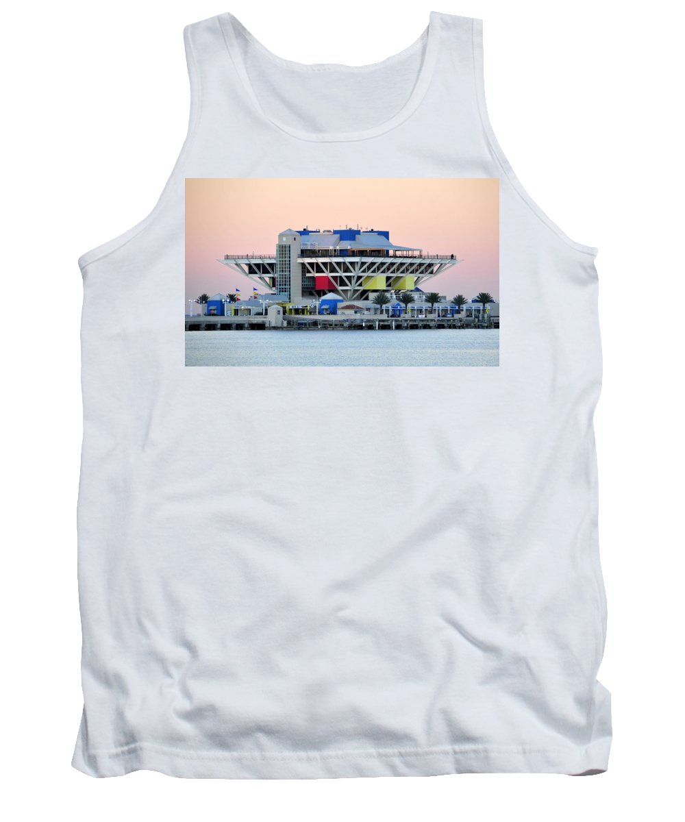 Pier Tank Top featuring the photograph St. Petersburg Pier by David Lee Thompson