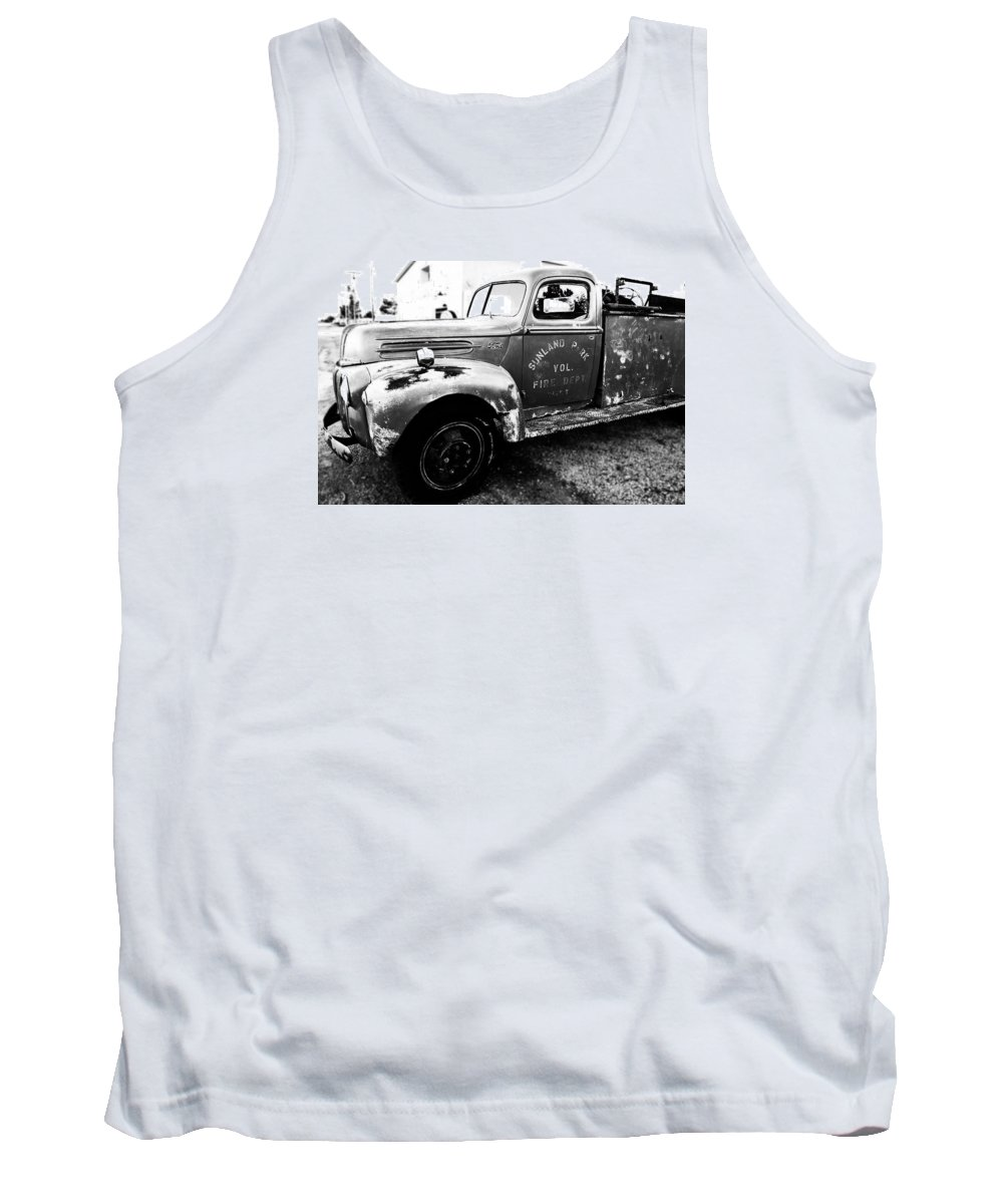 Truck Tank Top featuring the photograph Sunland Park by Alyssa Fleming