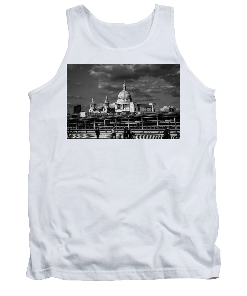 London Tank Top featuring the photograph The Commute by Milton Cogheil
