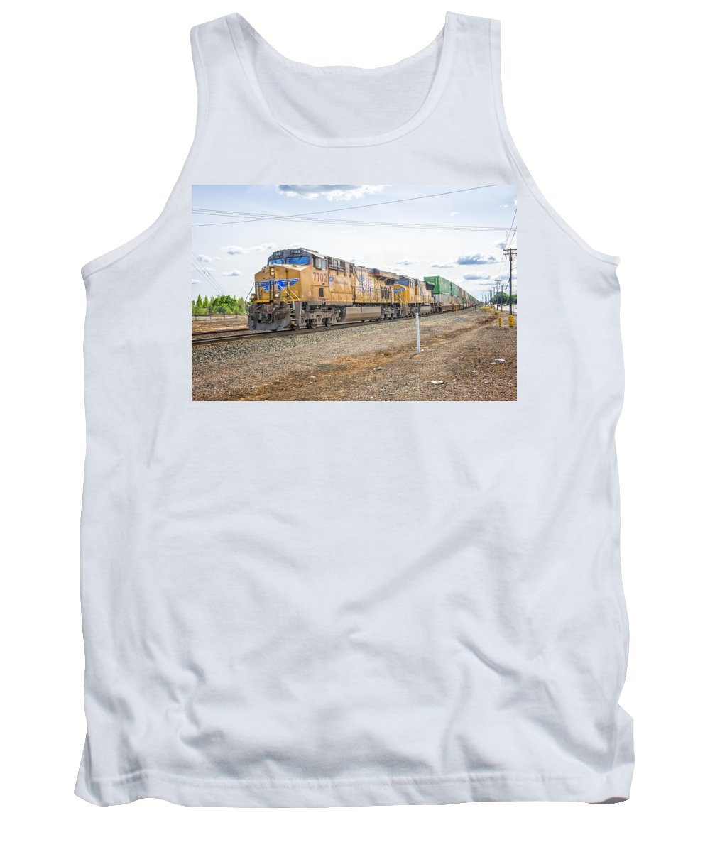 California Tank Top featuring the photograph Up7702 by Jim Thompson