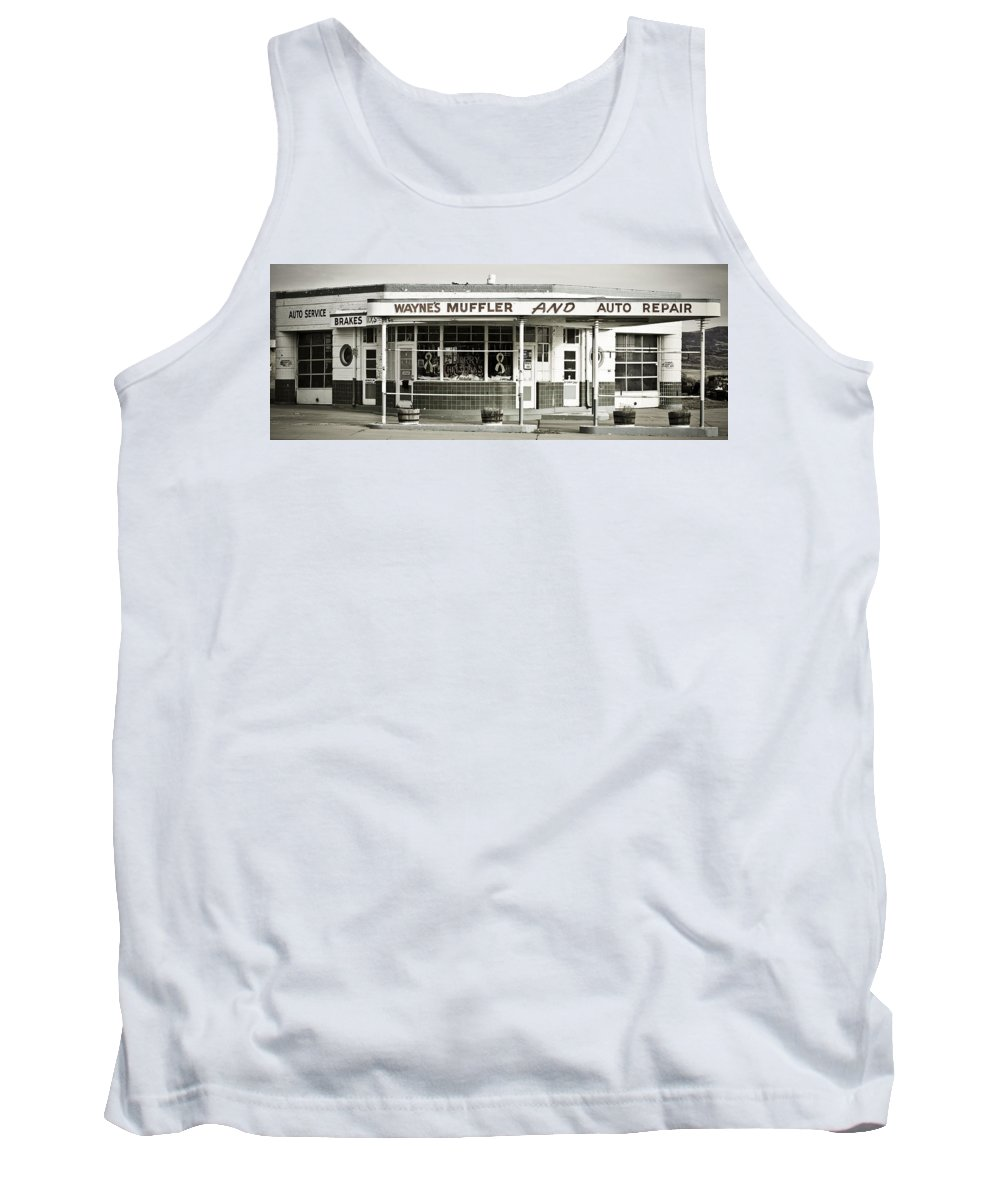 Filling Station Tank Top featuring the photograph Vintage Gas Station by Marilyn Hunt